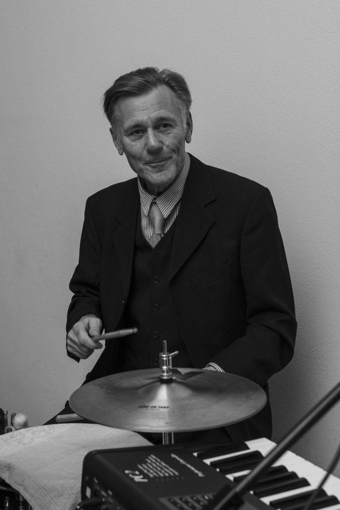 Toni Nissl Drums - Jambezi